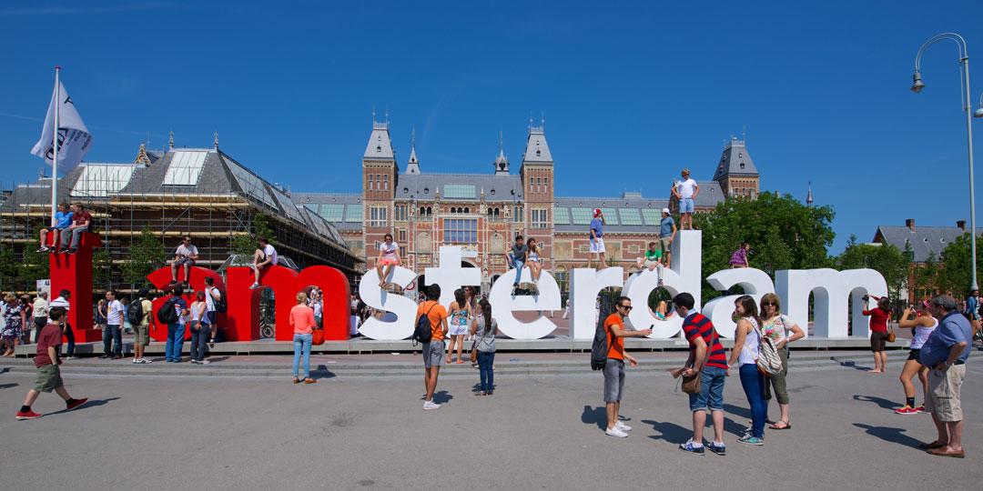 Organizzare viaggio ad Amsterdam, Donuts on Bed Travel blog